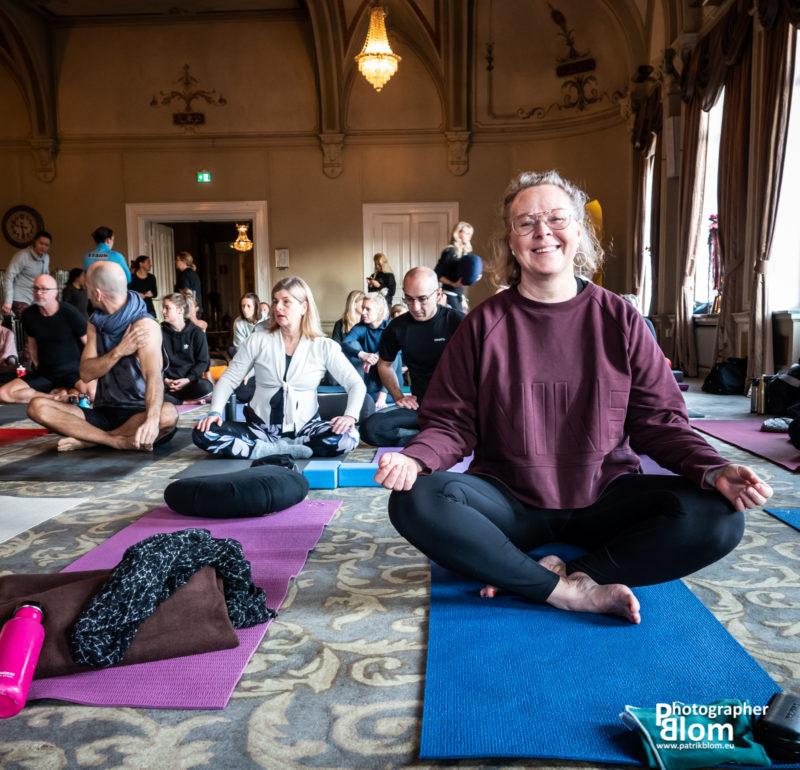 Betina yogalärare på Studio Blom